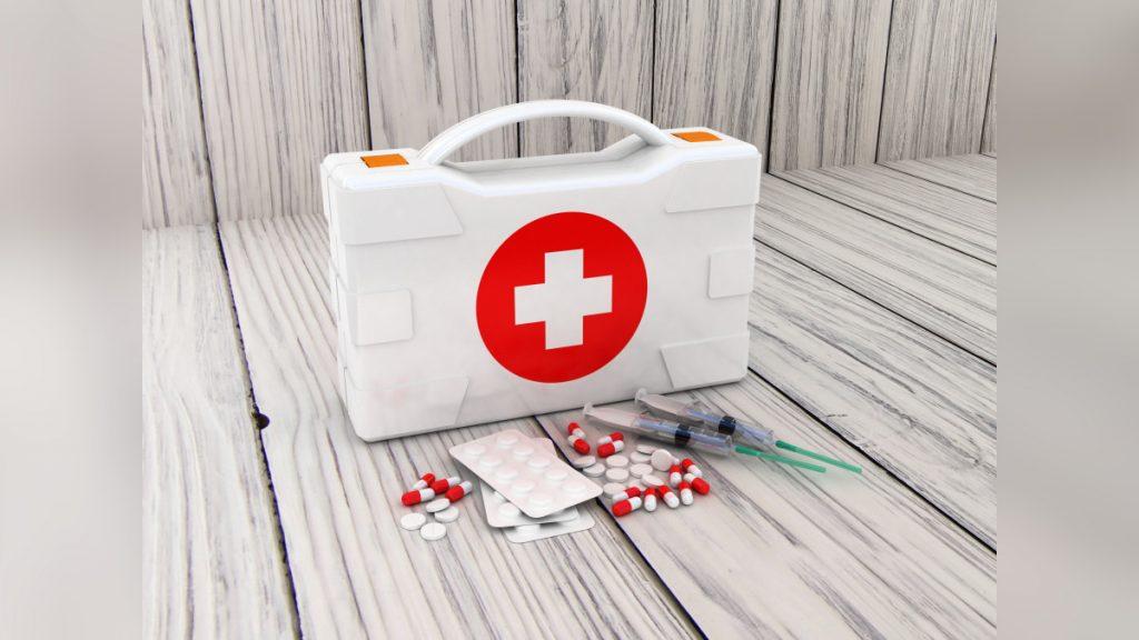 Botiquín de primeros auxilios blanco