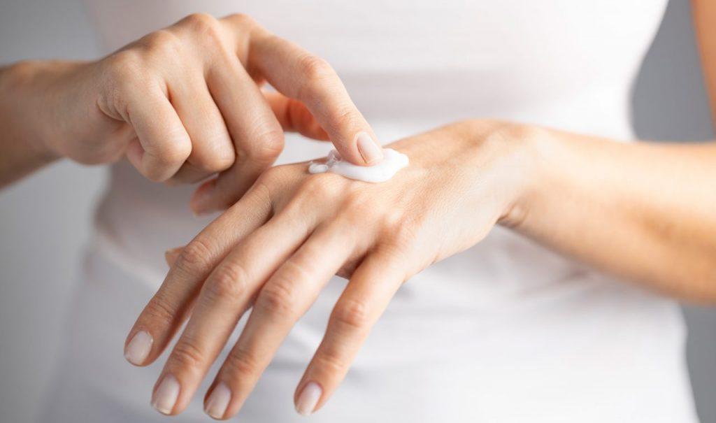 piel seca en manos